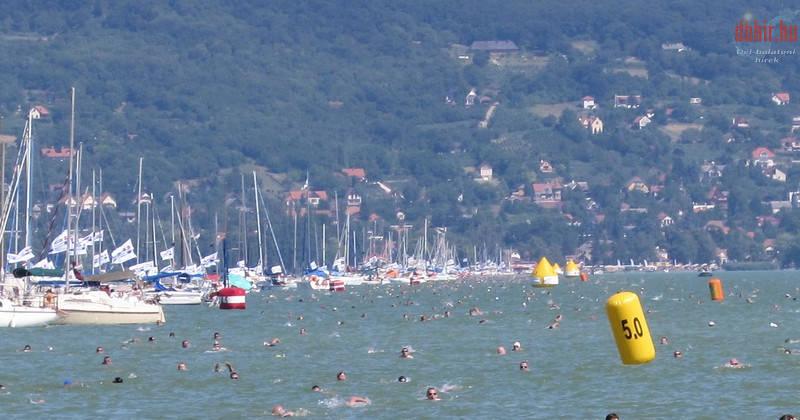 A nagy vizes kihívás: 36. Balaton-átúszás